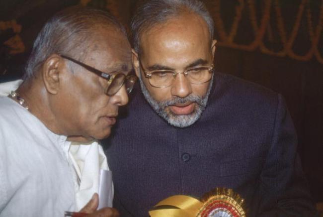 Narendra Modi, Jana Krishnamurthy