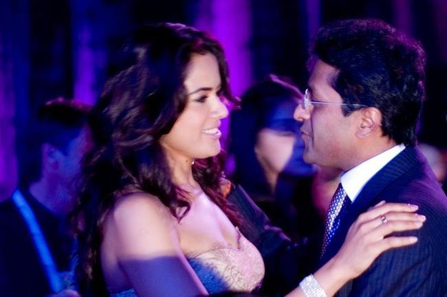 Lalit Modi and Sameera Reddy