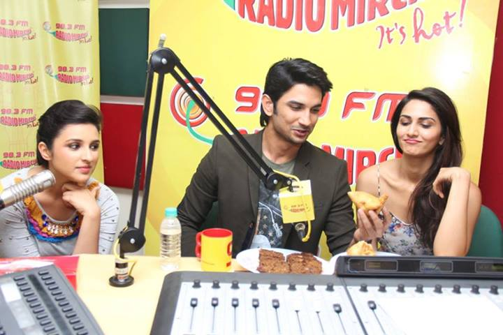 The three Shuddh Desi Romance leads - Sushant Singh Rajput, Parineeti Chopra and Vaani Kapoor - arrive at Radio Mirchi studio to promote their film, releasing this Friday.