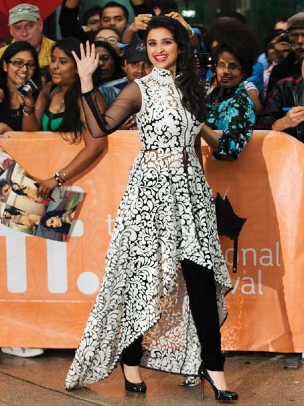 The premiere of Random Desi Romance at the Toronto International Film Festival, saw Parineeti in a Pankaj and Nidhi creation.