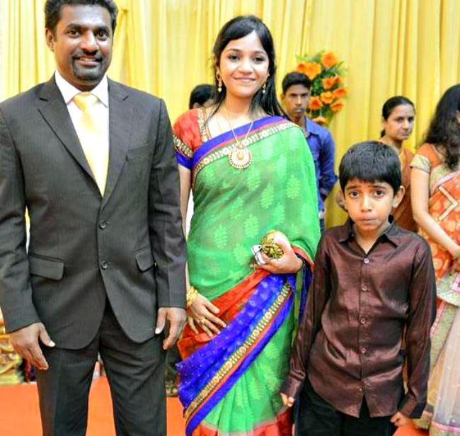 Muttiah Muralitharan and Madhi Malar