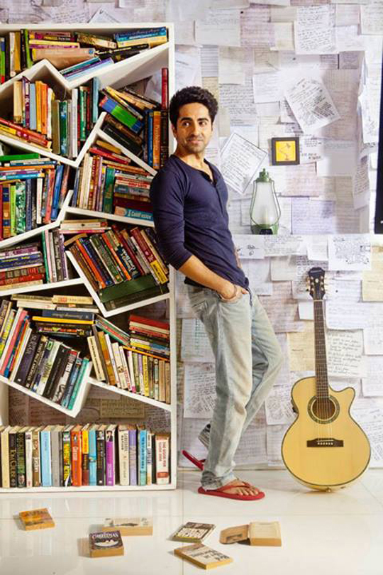 Ayushmann Khurrana's first single, O Heeriye, has been released by Yash Raj Films.