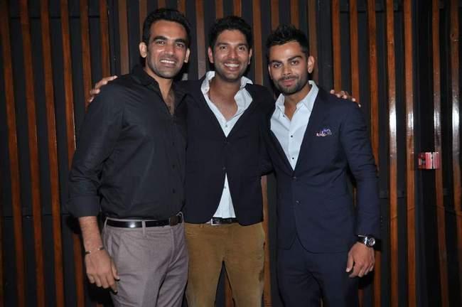 shirtless yuvraj singh reviewYuvraj Singh Shirtless