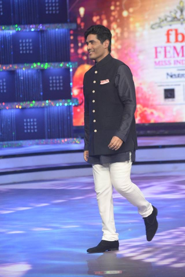 Judge Manish Malhotra on stage at fbb Femina Miss India 2014.