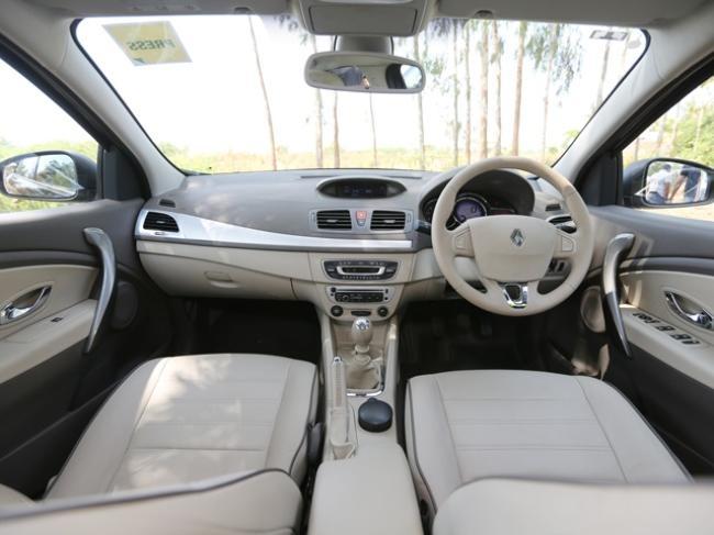 2014 Renault Fluence-12