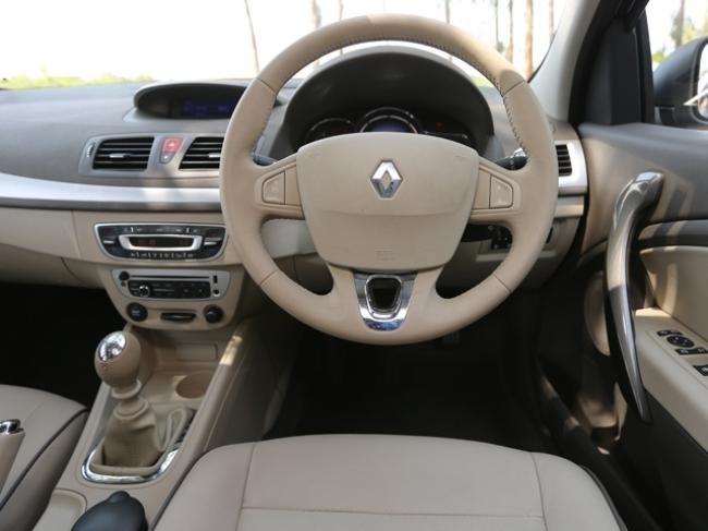 2014 Renault Fluence-13