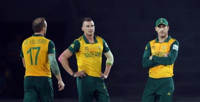 Dale Steyn was taken for runs