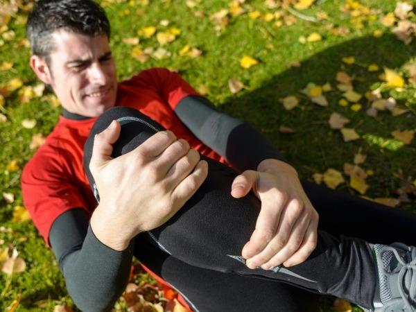 Restless Leg Syndrome: Symptoms, Causes, Diagnosis