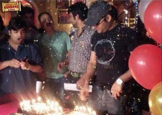 Kapil Sharma makes a wish! Photo: Twitter