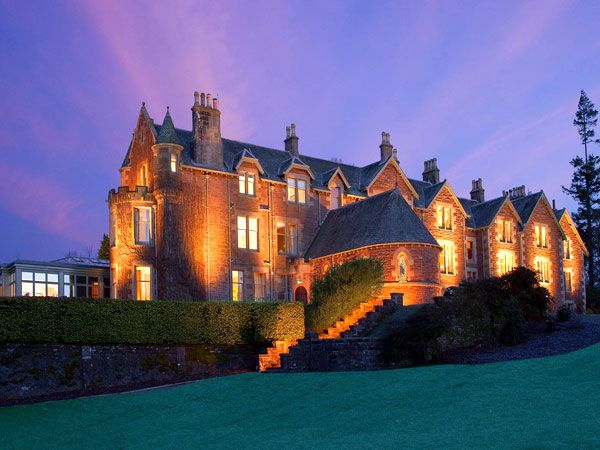 US Open and Olympic champion Andy Murray acquired the beautiful Victorian Perthshire Mansion for about £2 million last year, and as of today, the Cromlix hotel in Murray's hometown Dunblane is open for operations.
