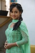 Ishita Ganguly aka Anushka of Shastri Sisters