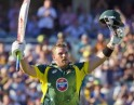 Aaron Finch Gets to his ton