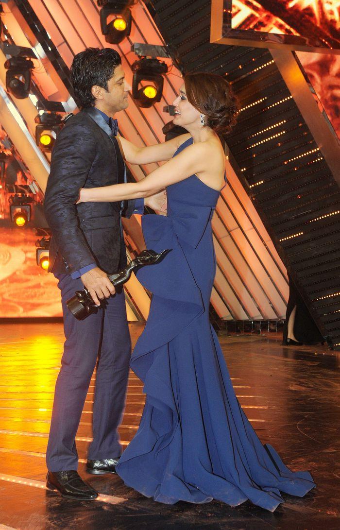 Preity Zinta and Farhan Akhtar at Filmfare Awards 2014