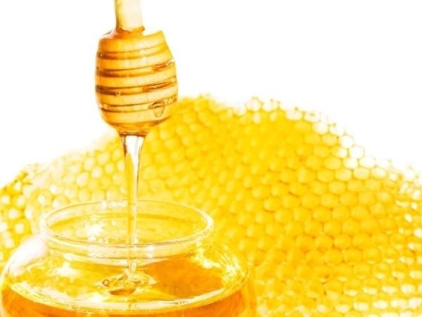 Skincare Tips: 20 Tips to Get Marks Free Skin Honey, Lemon Juice and Turmeric Powder