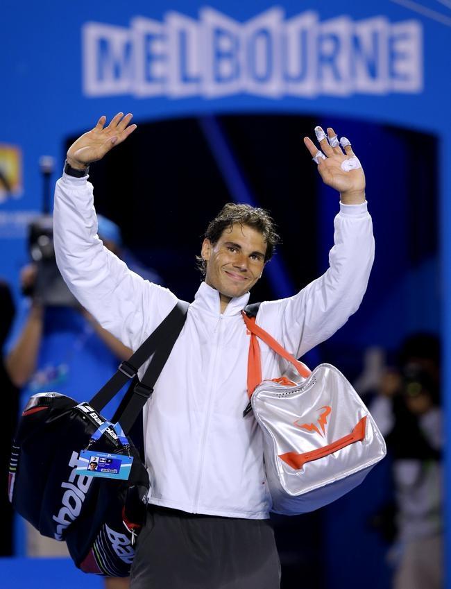 Rafael Nadal Thumps Roger Federer