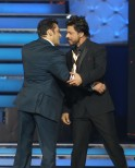 Salman Khan was more than glad to receive these words of praise from his Karan Arjun co-star.