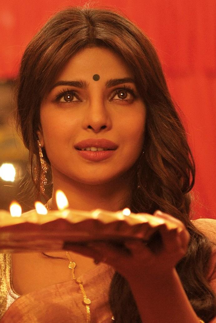 Hot Stills Of Priyanka Chopra As Nandita, Gunday's Sexy ...