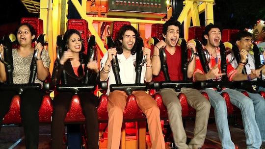 Yaariyan Cast Yaariyan Babe Enjoys H...