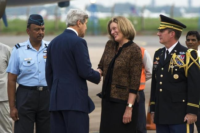 John Kerry Visits India