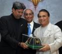 Sunil Gavaskar Is Presented With ICC Hall Of Fame Cap By Kapil Dev