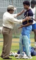 Former Indian cricket team captain Sunil Gavaskar gives advice to Indian captain Saurav Ganguly