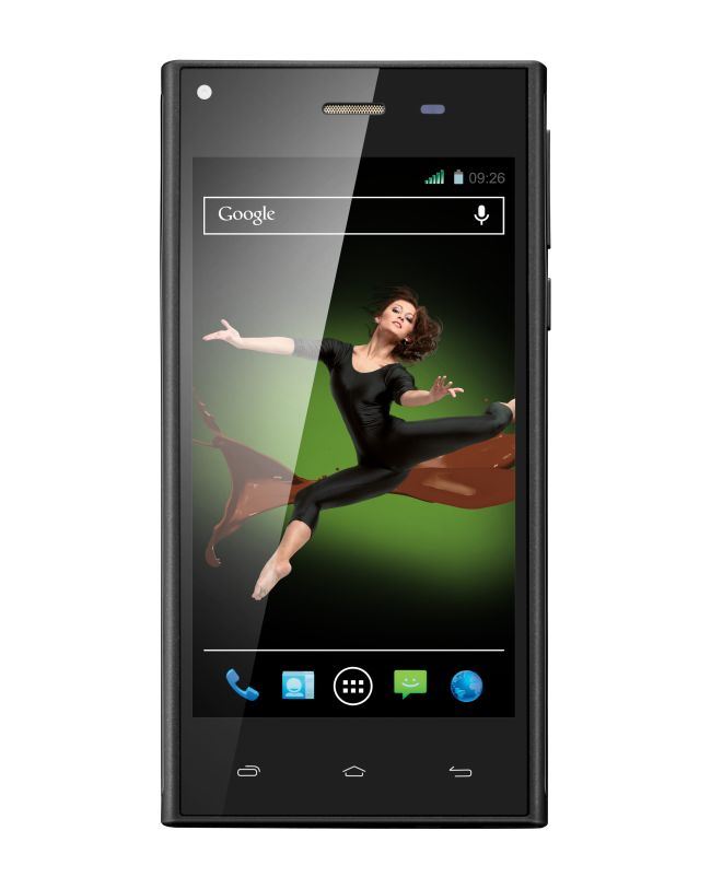 Xolo Q600S was launched as the competitor to Moto E as the phone falls in the budget segment and runs Android KitKat.