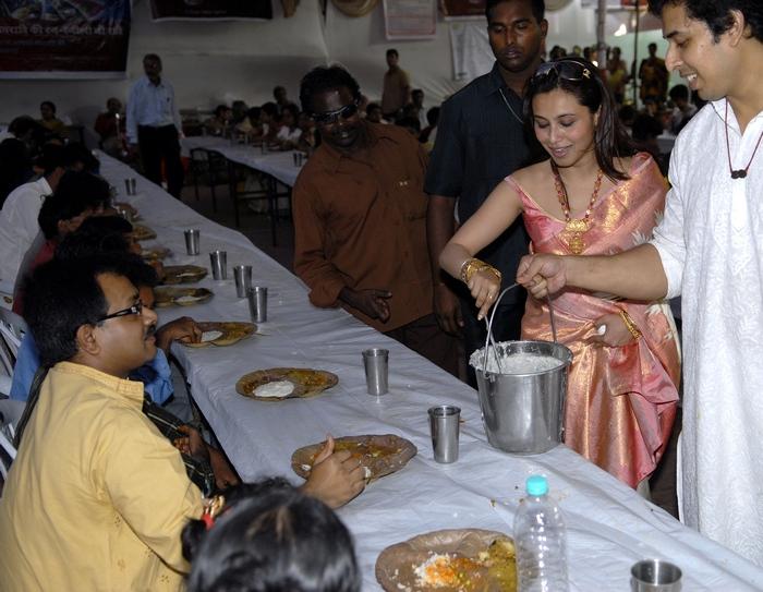 Rani Mukerji at Durga Puja