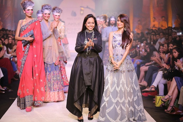"""Day Four at Lakmé Fashion Week Summer/Resort 2014 concluded with Anju Modi's debut collection, which was a vision of ethereal beauty. Called """"Seeking Paradise"""" Anju wove a story of utter elegance and style with fragile feminine touches."""