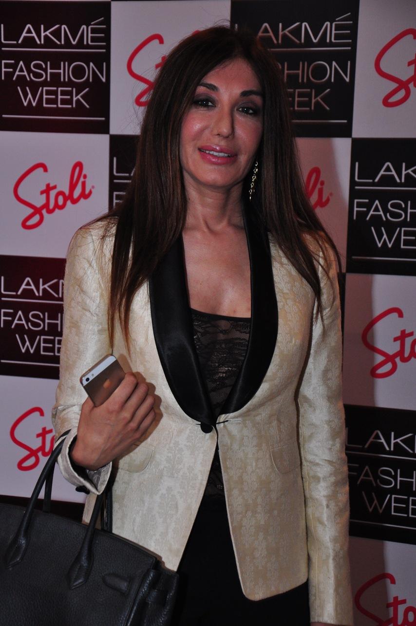 Kadambari Lakhaniat the Stoli Lounge at Lakme Fashion Week