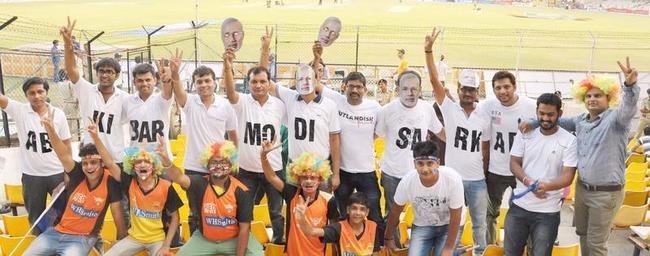 Spectators campaign for Narendra Modi
