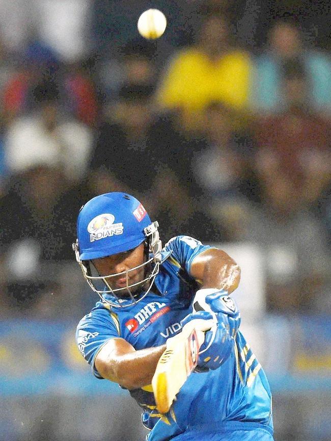 CM Gautam Scored 30