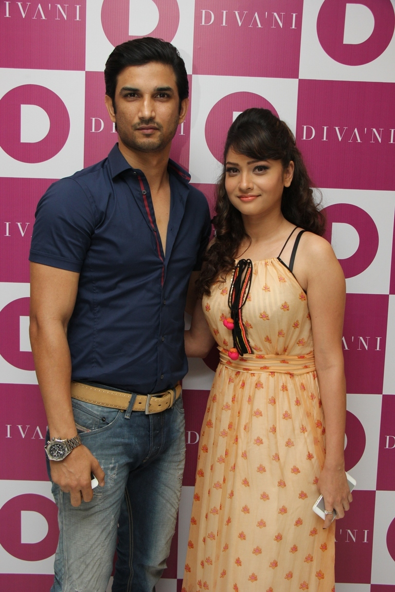 Sushant Singh Rajput and Ankita Lokhande came togetherSushant Singh Rajput Real Family Photo