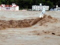 Heavy rains batter North India, thousands stranded