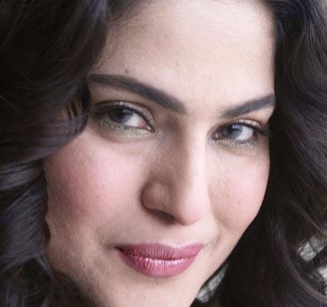 Veena Malik goes missing in Mumbai