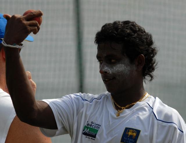 Sri Lanka recall Mendis for S.Africa tour