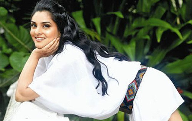 If producers want me, let them pay: Ramya