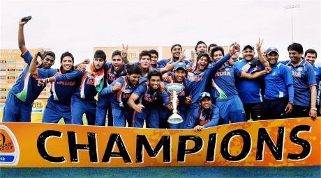 Triumphant under-19 cricketers arrive