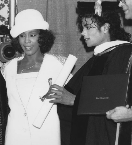 Whitney Houston 'wanted to marry MJ'