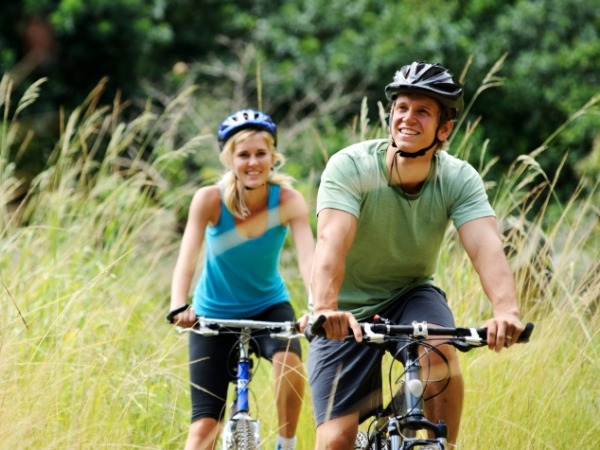 Handlebars Affect Female Cyclists' Genital Health