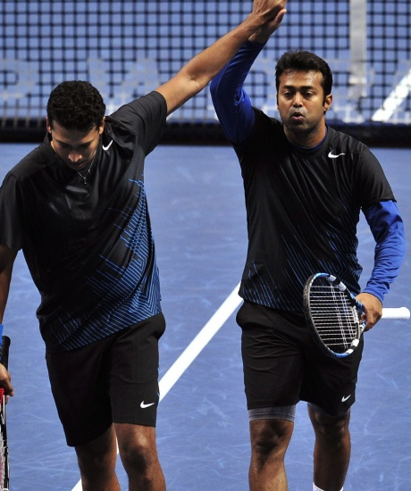 Who is to be blamed for tennis row?