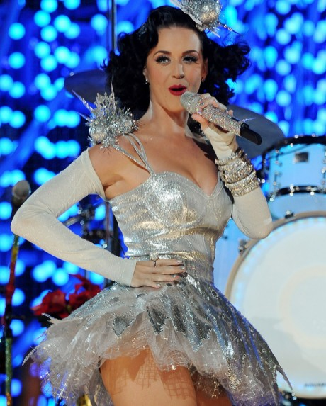 Katy Perry to star IPL 5 Opening Nite