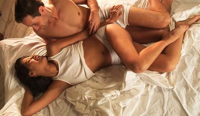 hot threesome fucked