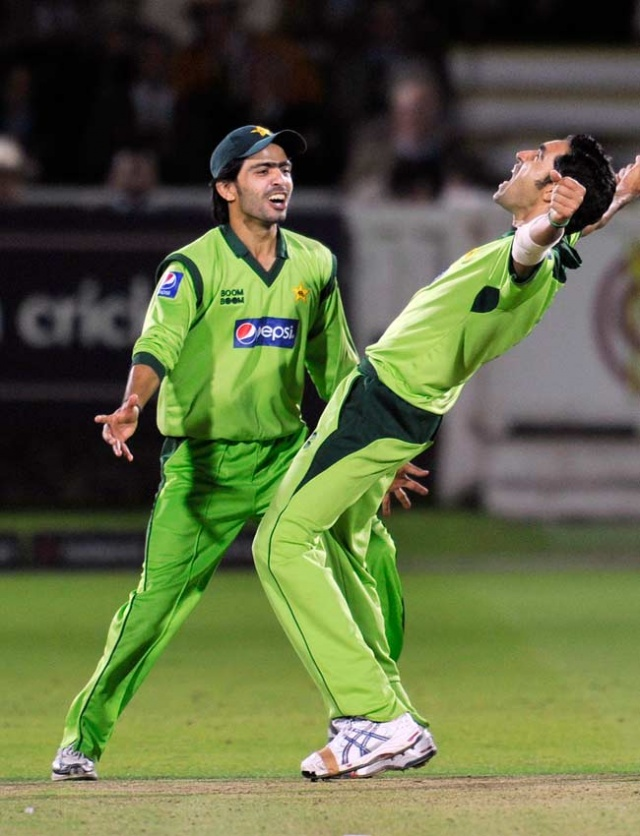 Fawad Alam & Umar Gul