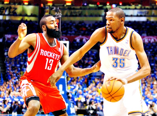Thunder Rout Rockets 120-91 in Playoffs