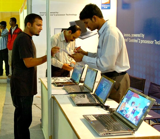 PC Sales Slump Deepens in Q1: IDC