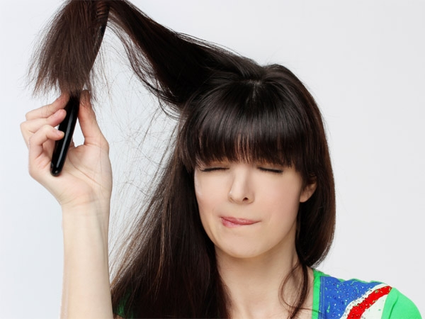 Haircare: Prevent Static Hair This Winter