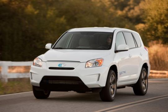 Compact Crossover: 2010 Toyota Rav4