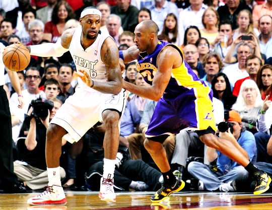 James Sets Record as Heat Beat Lakers