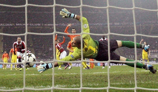 Barcelona Crash to Defeat Against Milan