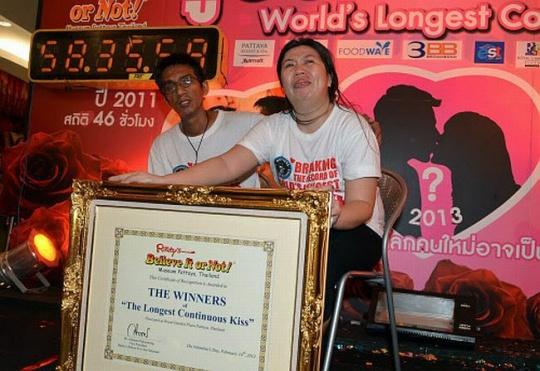 The World's Longest Kiss: Thai Couple Sets Record